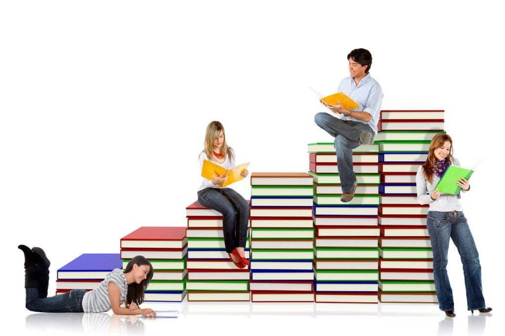Student-Books-Reading-1280x853-1024x682-1