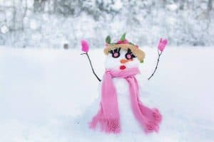 holiday snow woman 1280x853 1024x682 1
