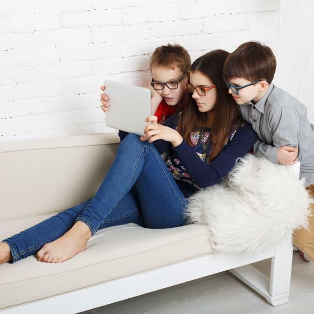 three-children_640