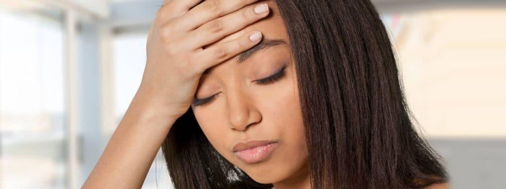 eye-disorder-headache-african-american-woman-1280x480-1024x384-1