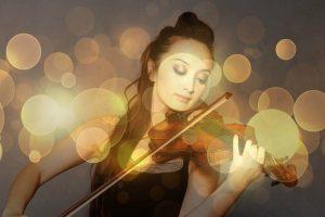 violin girl 1024x682 1