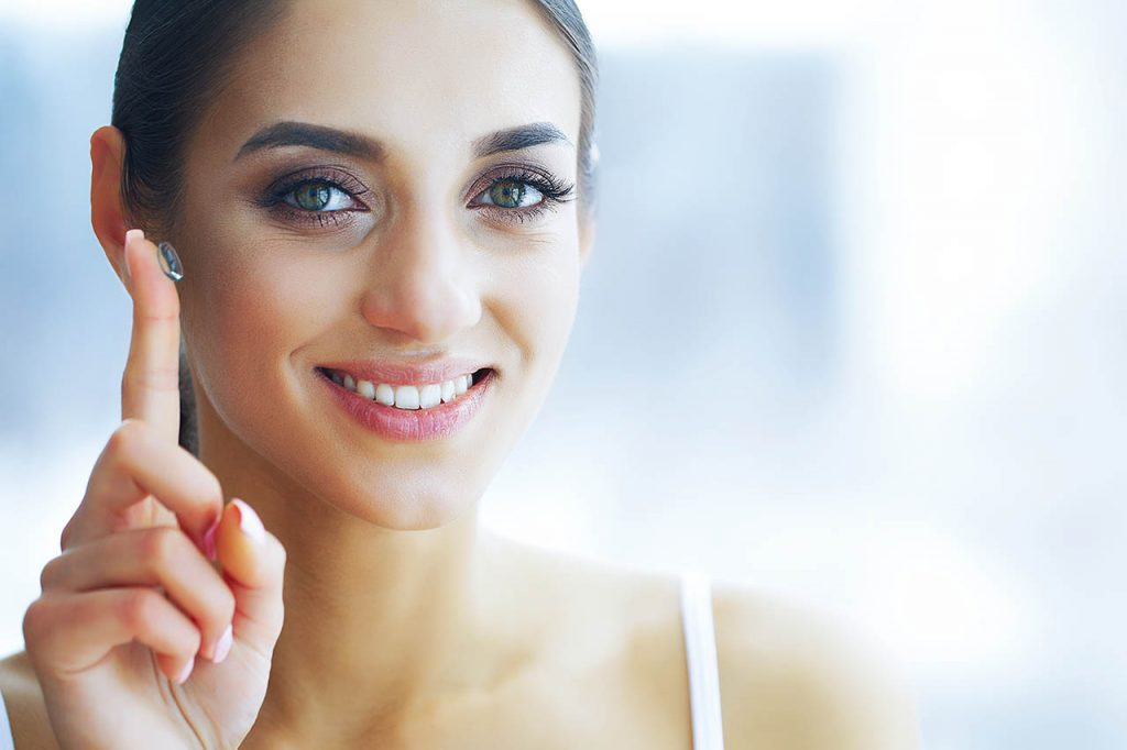 Health-And-Beauty-Beautiful-Contact-Lenses_1280x853-1024x682-1