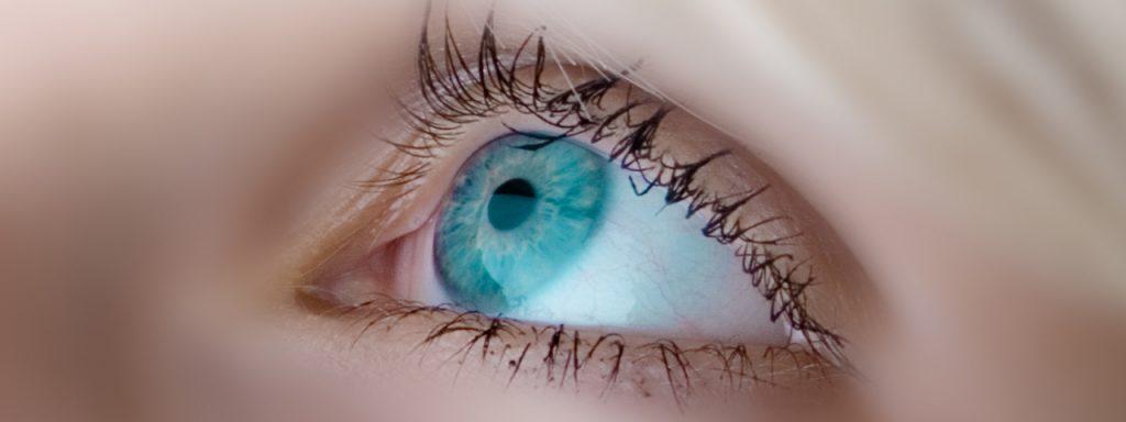 eye-close-up-1280x480-1024x384-1