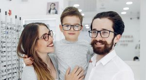 family wearing eyeglasses 640