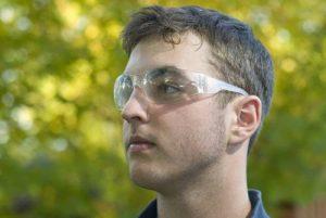 man in glasses3