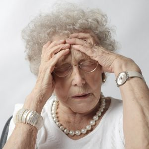 senior woman having a headache 640
