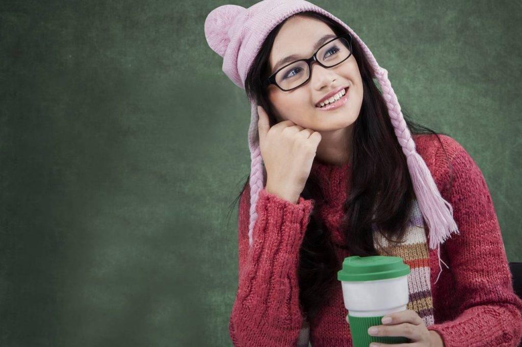 Girl-Glasses-Hat-Thinking-1280x853-1024x682-1