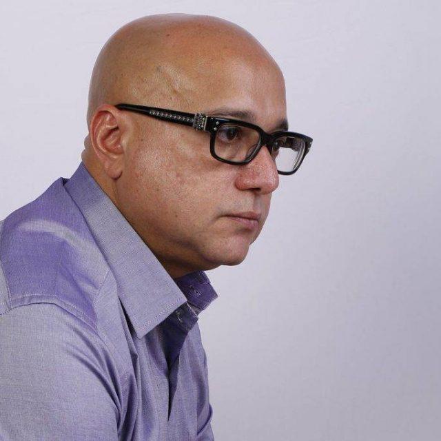 Man Glasses Sad 1280x853 1024x682 1