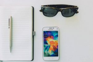 Sunglasses Notepad Phone 1280x853 1024x682 1