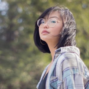 asian woman wearing round eyeglasses 640