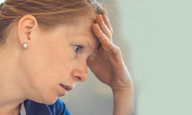 Woman Resting Head on Hand 1280x480 1024x384 1