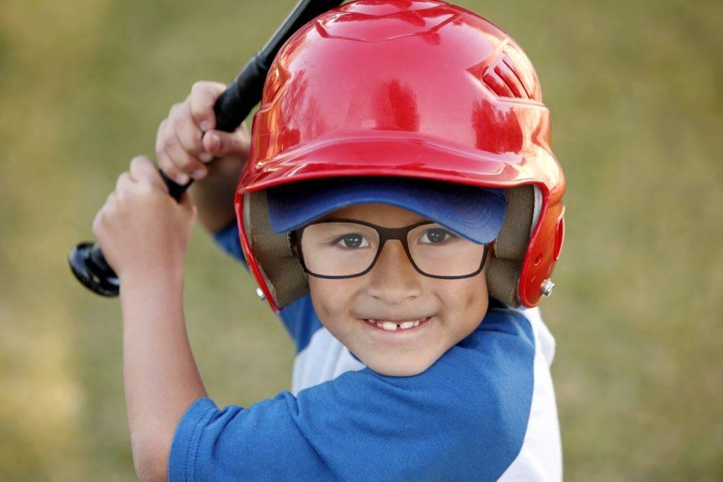 corneal-molding-baseball-boy-1280x853-nocopy-1024x682-1